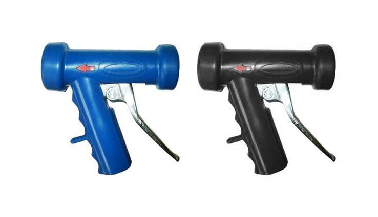 Водяні пістолети виготовлені з алюмінію