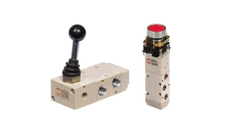 Розподільні клапани в ручному режимі